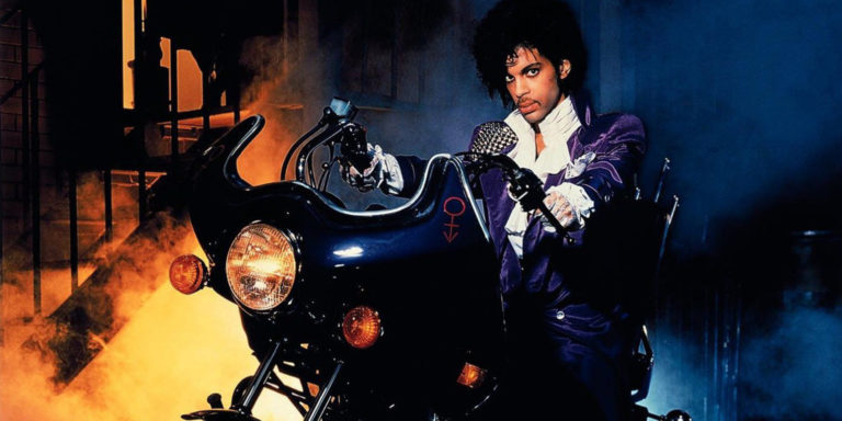Prince's 'Purple Rain' Returns To Theaters This Weekend