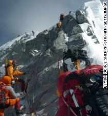 3 climbers die in 3 days on Mount Everest