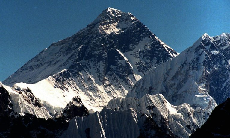 Peak of frustration as father misses daughter's call from top of Everest