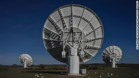Super telescope finds hundreds of previously undetectable galaxies