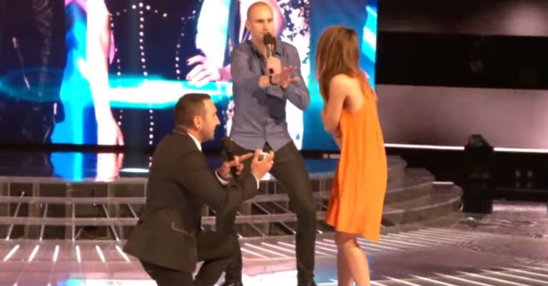 Man Proposes To Love Of His Life With Some Special Help On Australias The X Factor