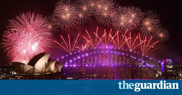 Sydney New Year's Eve celebrations honour Bowie, Prince and Wilder